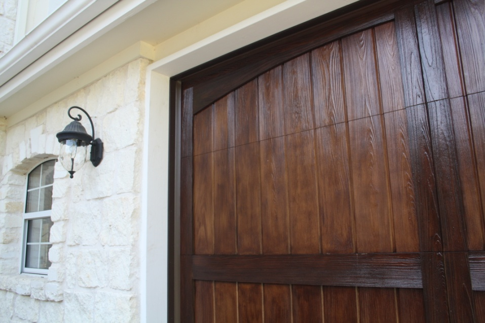 Cpod offers the wood free garage door cedar park for Cedar park overhead garage doors